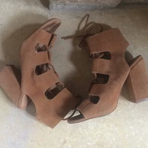 Urban Outfitters Chunky Heel Gladiator Sandals